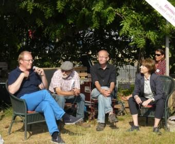 Jochen Ott und Henriette Reker mit Michel und Stefan.